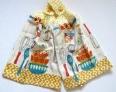 Kitschy Kitchen Crochet Top Kitchen Hand Towel Set of 2