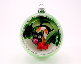 Green Vintage Mercury Glass Diorama Christmas Holiday Ornament 1960s Japan