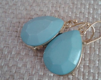 Beach, Wedding, Turquoise Teardrop with Gold Setting Dangle Earring and Gold French Ear Wires, Jewelry