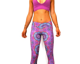 Recycled Plastic Fabric 4 Way Stretch Eco Friendly Athleisure Yoga Workout Leggings Printed Activewear