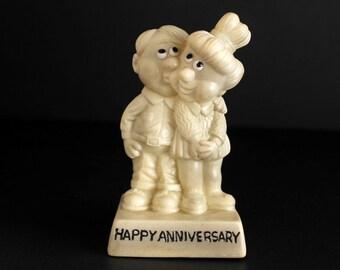 Vintage Happy Anniversary Statue A.T.Inc 1970 Kitsch Figurine