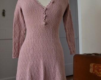 1970s Dusty Rose Crochet Dress