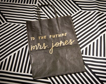 Personalized gift bag, to the future mrs bag, giftbag for the bride, bridal party bag, wedding bags, wedding shower, wedding day for bride