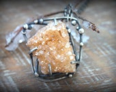 Into the Void ~ Champagne Duzy Necklace
