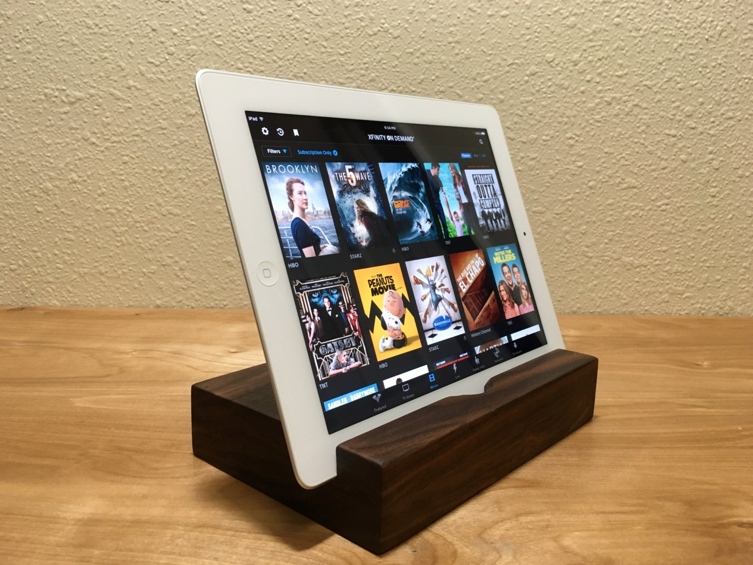 ipad docking station wood dock free engraving any. Black Bedroom Furniture Sets. Home Design Ideas