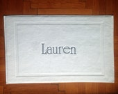 Personalized BATHMAT-BATH MAT-embroidered Tub mat-Name embroidered Bathmat-egyptian cotton 700gr- special gift- wedding gift-aniversary gift