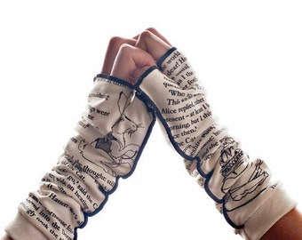ON SALE: Alice in Wonderland Writing Gloves