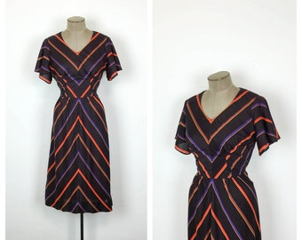 70s Chevron Stripped Cotton Day Dress •  Casual Cotton Vintage Dress • Butterfly Sleeve • Medium