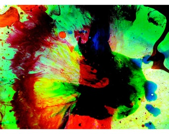 P92 - Colored Oil + Water - Abstract Fluid Liquid Art Postcard for Mailing