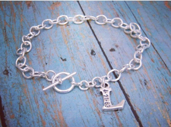 Personalized Mother Bracelet, Sterling Silver, Custom Made, 1 Letter, Initial and date, Hand Stamped, Toggle Bracelet, Mommy Jewelry, Charm
