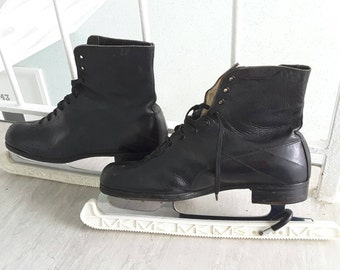 Pair Vintage Black Leather Shoe Lace up Ankle Boots incl blade guards / Ice Skates w Wilson Coronation Blades / Retro Skating Approx sz UK 8
