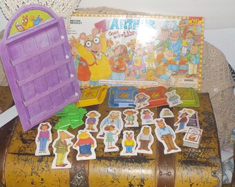 Arthur Goes to the Library Game By Miltion Bradley Made in USA