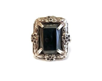 Art Deco Sterling Silver Ring, Hematite and Marcasite Floral Elegant Cocktail Ring Size 5.75
