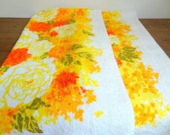 Bright Floral Vintage Bath Towel Pair, Yellow & Orange
