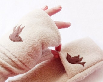 Little Bird Fingerless Gloves with Pockets