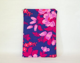 Purple Rose Tablet Case - Padded & Quilted with Zipper  - for 7 inch tablet or e-reader - iPad mini, Galaxy Tab, Nexus 7, Kobo and Kindle