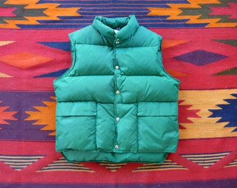Vintage LL Bean CURSIVE LABEL Kelly Green Insulated Goose Down Puffer Vest Size Large.