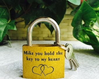 "1 Personalized 2"" Glittering Gold Padlock Gift w/ 3keys for Valentines day, Wedding favors or any event!"