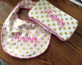 New bib and wipescase set for new baby !Hot pink and gold makes the baby shower perfect gift .Monogram included.