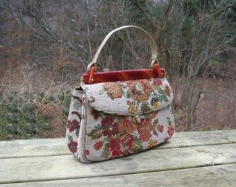 Vintage Carpet Bag Purse Handbag Empress Retro Floral Petit Point Needle Punch Point