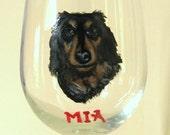 Dachshund, German Dog, Painted Wine Glass, Pet Memorial, Bar Decor, Handpainted Glass, Dog Lover, Drinking Glass, Barware, Table Decor