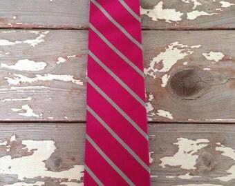LANDS END TIE-Silk Tie,Men's Tie,Burgundy Tie,Preppy Tie,Country Club Tie,Striped Tie,Executive Tie,Formal Tie,Prom Tie,Wedding Tie,Vintage