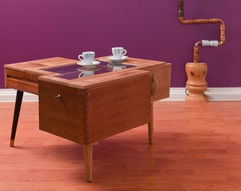 Hang on to your drawers coffee table