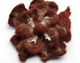 Felt flower pin, felt wool flower brooch, handmade brooch bouquet, brown flower pin jewelry, flower corsage, big flower brooch