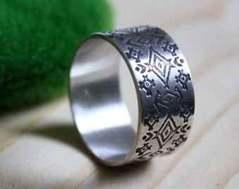 Huichol, sterling silver tribal ring, gypshy boho style