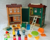 Vintage #938 Play Family Sesame Street House FISHER PRICE Little People LOT Accessories Near Complete Set Collectible Toy