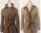 ON SALE 1960s Vintage Women's Reversible Tweed / Khaki Belted Waist Jacket Size M