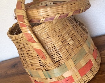 Vintage Woven Wicker Basket With Lid Made in Mexico
