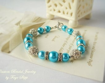 FREE SHIPPING, Turquoise Blue Bracelet, Wedding Jewelry, Glass Pearls with Rhinestone Spacers and Four Focal Alloy Shamballa,