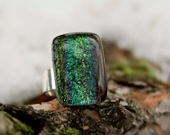 Green dichroic fused glass ring silver plated