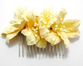 Natural Earth Tones Lily Floral Clip Earth Tones Hair Combs Striking Flower Accessory