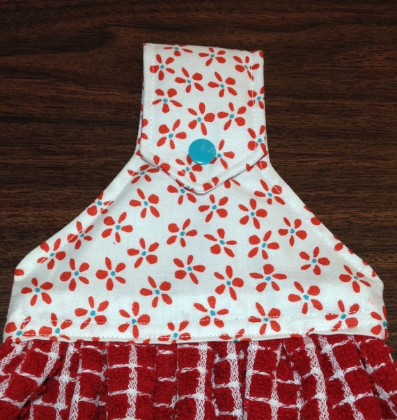 Red Kitchen Towels: Red Hanging Snap Kitchen Towels