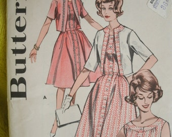 Vintage Butterick 9667 Sewing Pattern Size 14 Bust 35 Slimliner Dress and Jacket  in Half Size