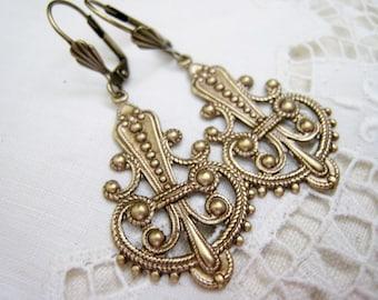 Art Nouveau Deco Victorian Edwardian Vintage Style Ornate FIligree Repousse Antique Brass Stamped Earrings Lever Back