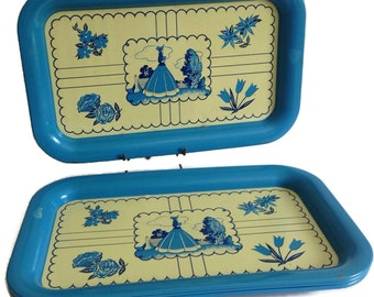 Mid Century Lunch Tray Set Vintage Tin Metal Serving Rectangular Set of 4 Wedgwood Blue and Cream Woman in Bonnet Florals Kitchen Home Decor