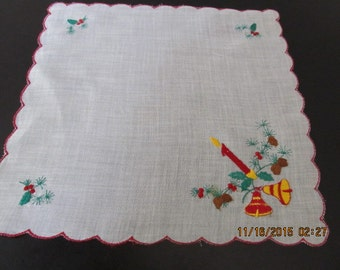 1960's Embroidered CHRISTMAS HANKIE . Handkerchief