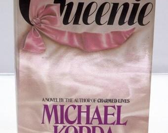 DMu358 - 1985 Hardcover Book Club Edition - Queenie by Michael Korda