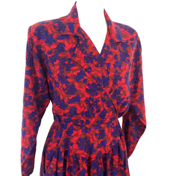 1980s shirt midi dress floral 1940s style chintz flowery UK 12 80s does 40s brushed acrylic wool rust red blue