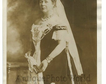 UK nobility Marchioness of Aberdeen antique photo