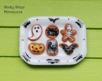 Plate of Halloween biscuits/cookies (Set C) - Miniature 1:12 Scale Food