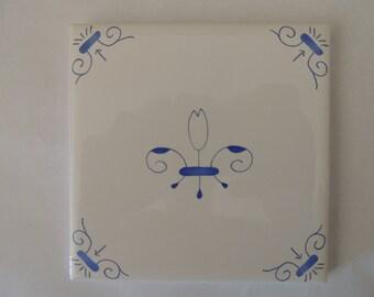 Delft Tiles Blue and White Tulip Tile Decorative wall tiles Corner Motif Design Delft Style in Blue