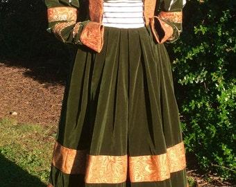 Saxon Gown