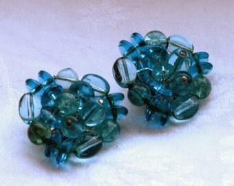 Vintage pair of blue glass cluster beaded clip on earrings 1950s.