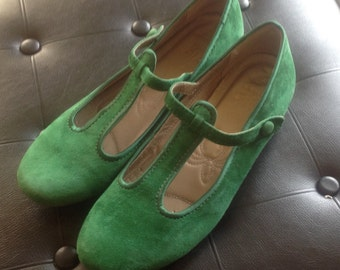 Vintage 60s Style Mary Jane Shoes