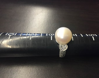 Sterling Silver 925 & Faux Pearl Ring Size 7.5 # 7090