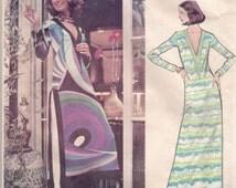 Vogue Sewing Pattern 2713, Couturier Design EMILIO PUCCI, Vintage Lounge Dress and Pants, Size 16, Partly Cut